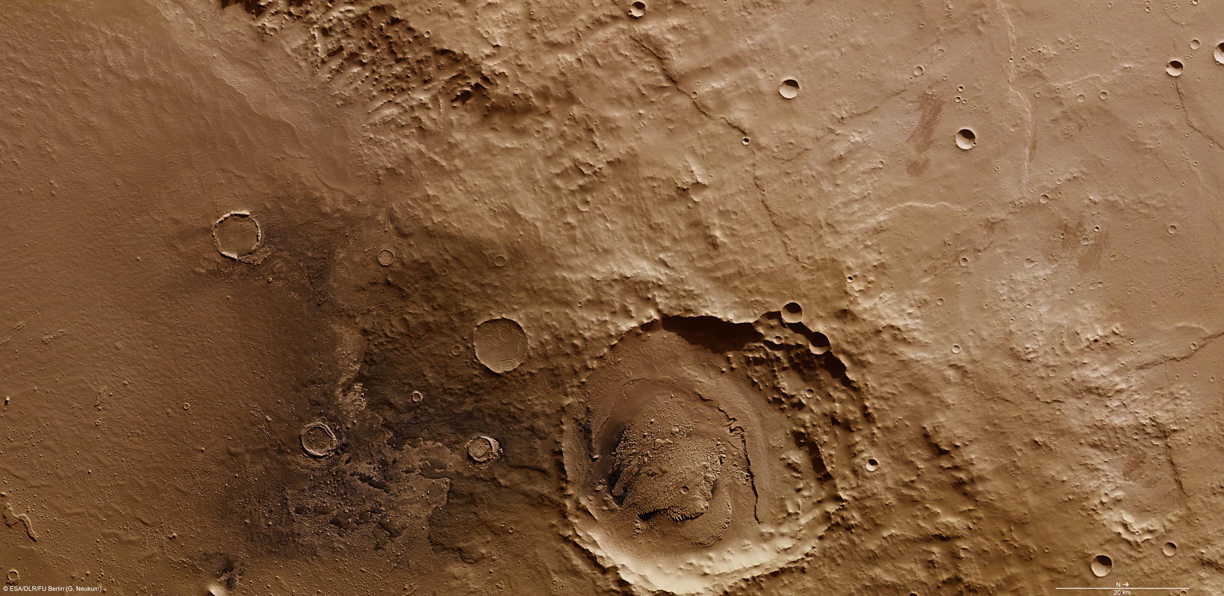 on_the_rim_of_schiaparelli_crater
