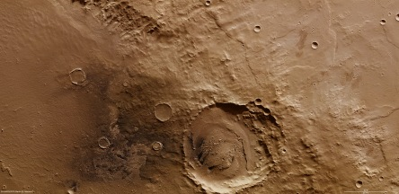 on_the_rim_of_schiaparelli_crater