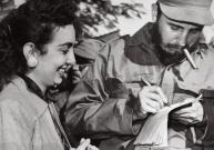 Castro heeft sexappeal 'geen der aanwezige vrouwen ontkomt aan de betovering van zijn voordracht'